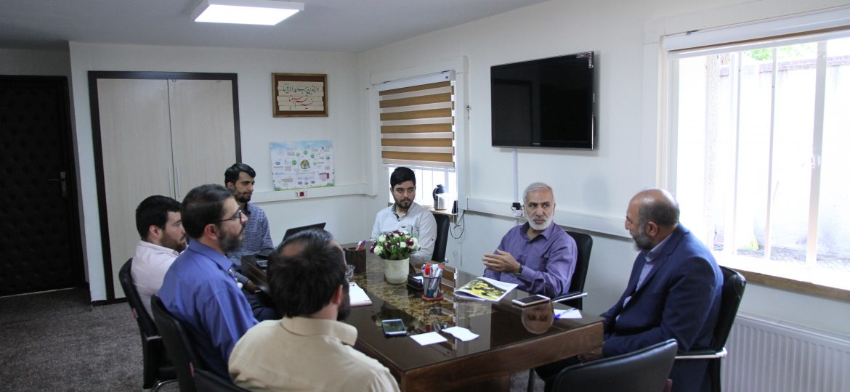 گزارش تصویری نشست سه جانبه آستان قدس رضوی، بسیج سازندگی و بسیج دانشجویی پیرامون پشتیبانی از اردوهای جهادی