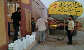 گزارش تصویری توزیع بیش از ۶ هزار بسته اب معدنی در خوزستان توسط گروه جهادی علامه ربیعی