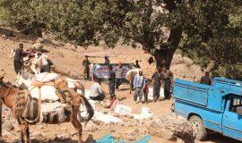 گزارش تصویری توزیع 16 هزار کیلو مواد غذایی در شهرستان اردل توسط گروه جهادی عبرت