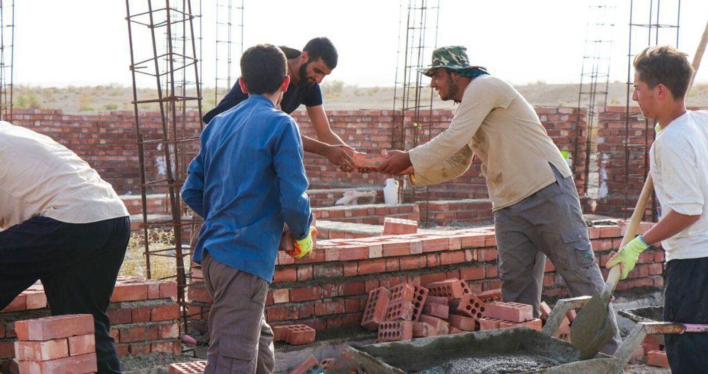 گزارش تصویری فعالیت عمرانی گروه جهادی نورالرضا(ع) در مناطق محروم جنوب کرمان توسط