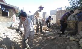 گزارش تصویری احداث خانه برای نیازمندان توسط جهادگران پایگاه شهید سلیمی رزن در روستای عمان
