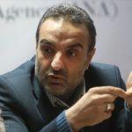 گروههای جهادی نباید در چنبره سیاست و اقتصاد گرفتار شوند
