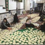 توزیع ۱۲۰۰ بسته نان نذری برای محرومان توسط جهادیهای مشهد