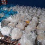 اهدای سبد غذایی و سیمان به گروه های جهادی مستقر در غیزانیه