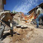 تامین اقلام خوراکی برای مردم زلزله زده رامیان توسط جهادگران